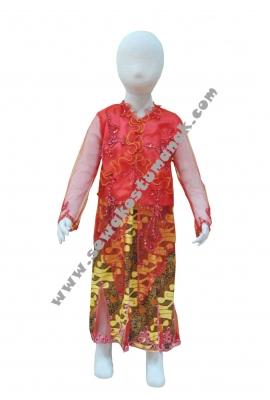 Pakaian adat kebaya merah  large
