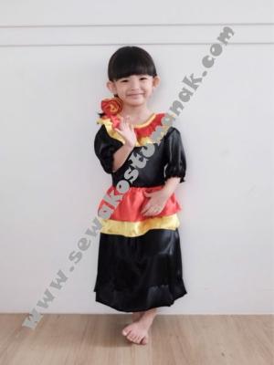 kostum negara spanyol perempuan  large